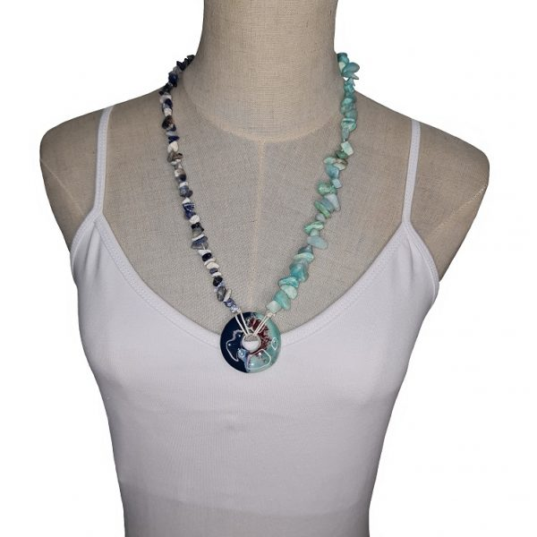 Porcelain and Seashell necklace