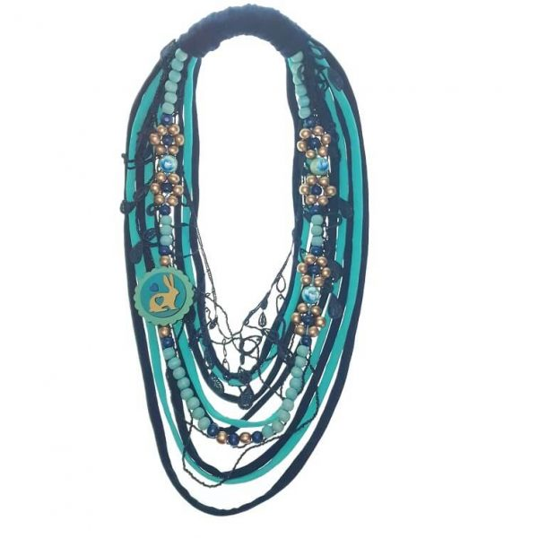 Tshirt Scarf, necklace, lace and pendant jewellery