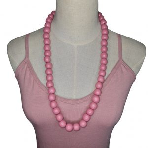 Wooden beads string necklace