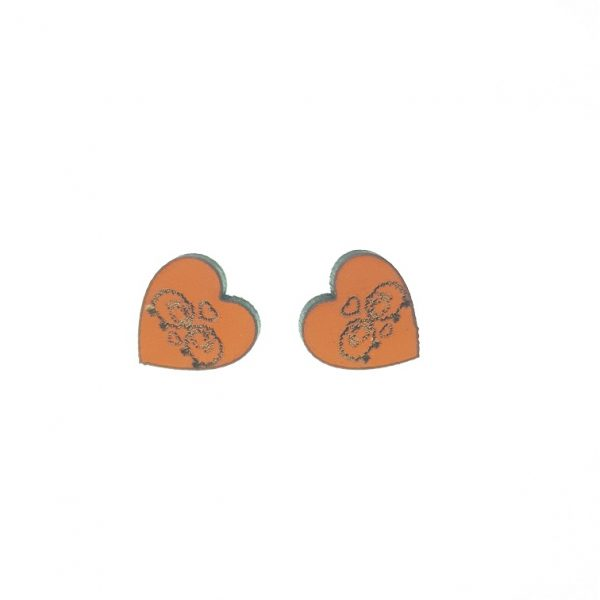 Wooden heart earrings with engraved sheep