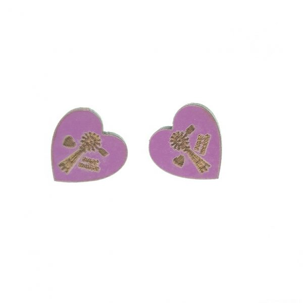 Wooden heart earrings with engraved windmill