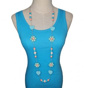 String Peach, blue and orange hearts, flower-shaped beads necklace